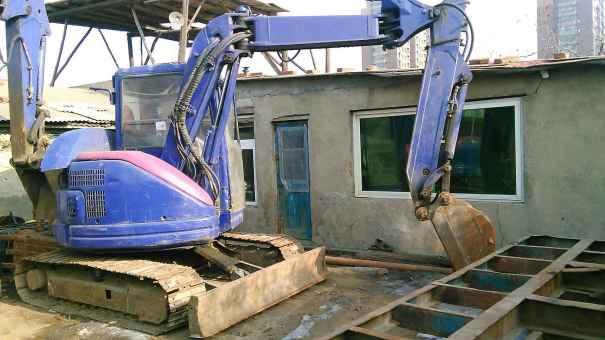 辽宁出售转让二手18000小时2006年小松PC58UU挖掘机