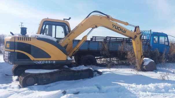 黑龙江出售转让二手1300小时2010年玉柴YC85挖掘机