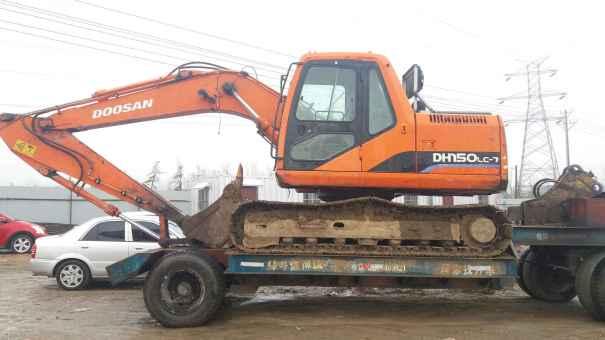 山东出售转让二手9000小时2010年斗山DH150挖掘机
