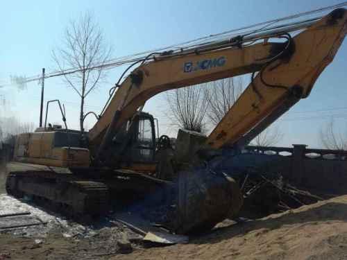 辽宁出售转让二手9000小时2010年徐工XE260C挖掘机
