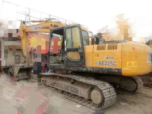 甘肃出售转让二手8000小时2010年厦工XG822LC挖掘机