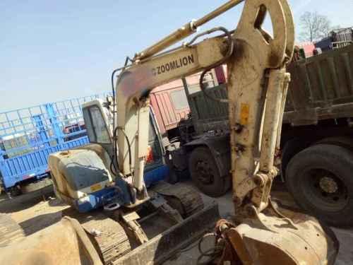 辽宁出售转让二手4526小时2009年中联重科ZE65挖掘机