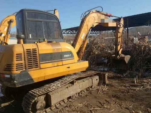 辽宁出售转让二手4000小时2013年福田雷沃FR65挖掘机
