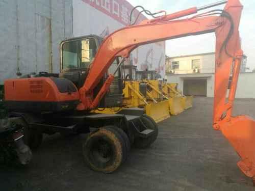 江西出售转让二手2888小时2014年南特NT18挖掘机