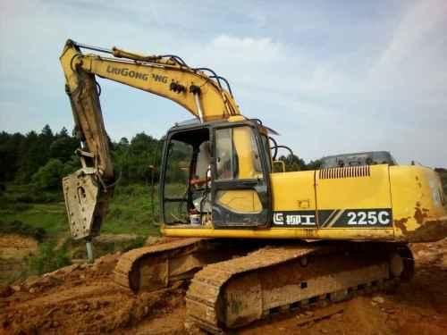 江西出售转让二手11000小时2010年柳工225C挖掘机