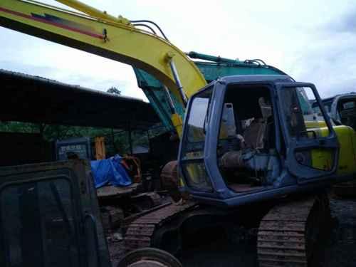 云南出售转让二手18000小时2004年住友SH120挖掘机