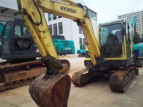 云南出售转让二手6000小时2011年现代R60挖掘机