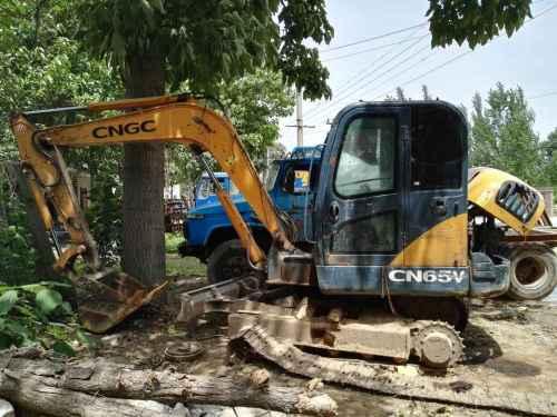 陕西出售转让二手7000小时2009年江麓65V挖掘机