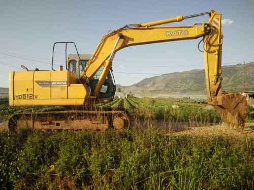 云南出售转让二手3500小时2011年加藤HD512V挖掘机