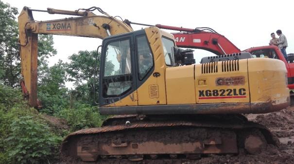 江西出售转让二手11000小时2010年厦工XG822LC挖掘机