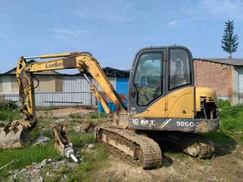 江西出售转让二手11663小时2010年柳工CLG906C挖掘机