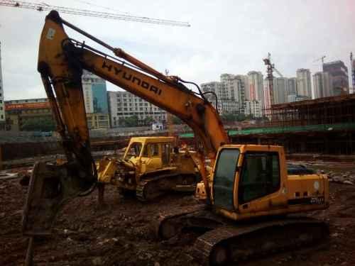 江西出售转让二手18888小时2006年现代R215挖掘机