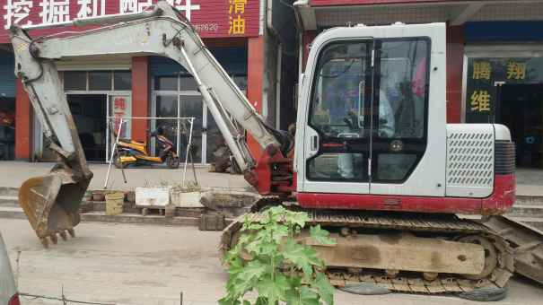 陕西出售转让二手320小时2010年竹内TB180挖掘机