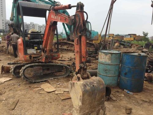 江西出售转让二手1600小时2012年南特NT18挖掘机
