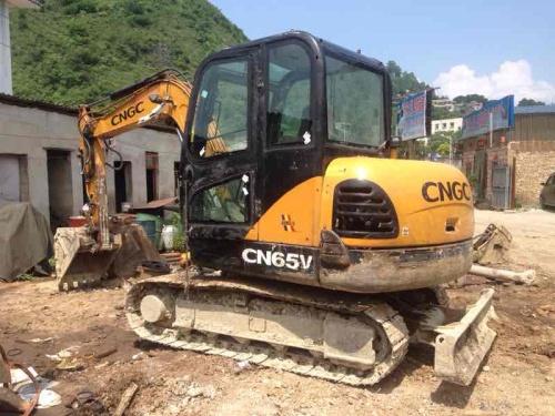 贵州出售转让二手6800小时2011年江麓65V挖掘机