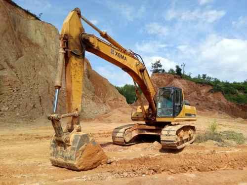 江西出售转让二手9000小时2013年厦工XG836LC挖掘机