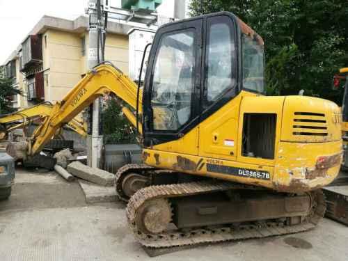 云南出售转让二手5500小时2009年愚公机械WY75X2挖掘机
