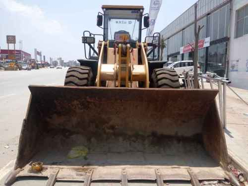 云南出售转让二手4100小时2008年山工SEM650装载机