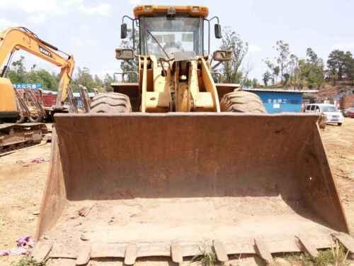 云南出售转让二手6000小时2009年龙工LG853装载机