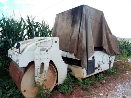 云南出售转让二手6744小时2011年洛建2Y8X10B双钢轮压路机