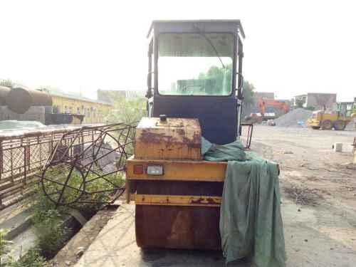 山西出售转让二手2000小时2012年洛建YZC6B双钢轮压路机