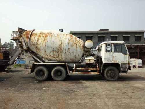 山西出售转让二手2008年东风大力神DFL5251GJBA1搅拌运输车