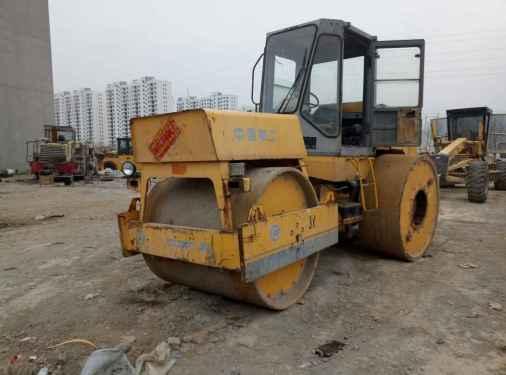 河南出售转让二手5600小时2012年柳工3YJ21X24C三轮压路机