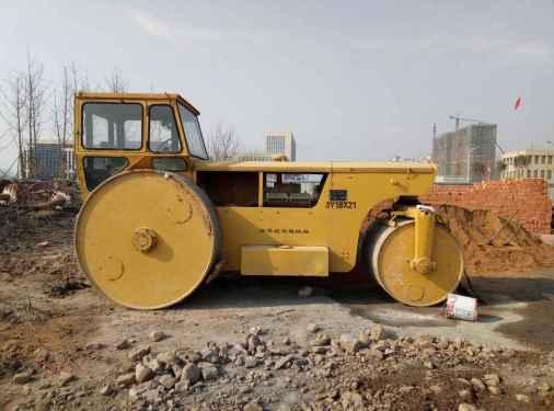 河南出售转让二手8500小时2007年洛建3Y18X21三轮压路机