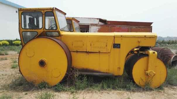 山西出售转让二手15000小时2003年洛建3Y18X21双钢轮压路机
