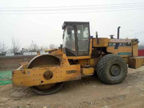 北京出售转让二手3800小时2010年鼎盛天工Z20JC单钢轮压路机
