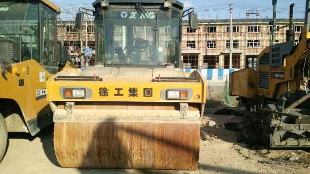 辽宁出售转让二手900小时2015年徐工XD132E双钢轮压路机