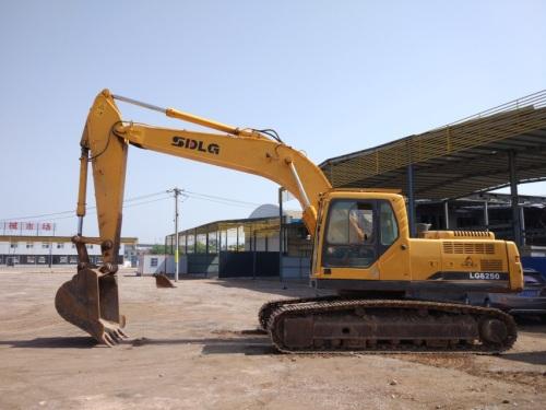 陕西出售转让二手8560小时2012年临工LG6250挖掘机