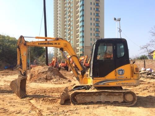 江西出售转让二手6113小时2011年龙工LG6060D挖掘机