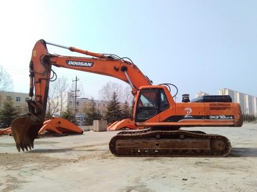 山东出售转让二手12892小时2011年斗山DH370LC挖掘机