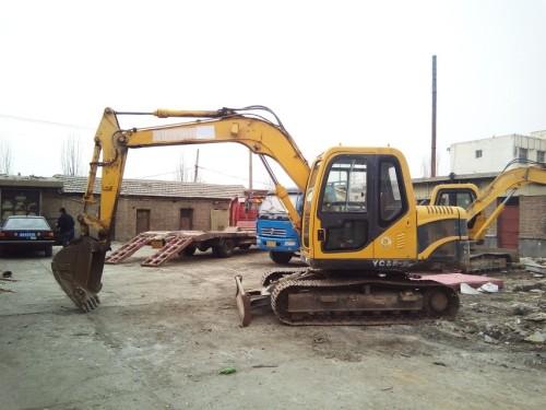 甘肃出售转让二手3232小时2012年玉柴YC85挖掘机