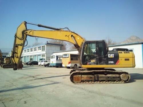 甘肃出售转让二手3649小时2013年卡特彼勒320D2挖掘机