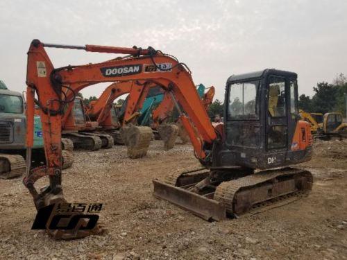 武汉市出售转让二手2013年斗山DH55-V挖掘机