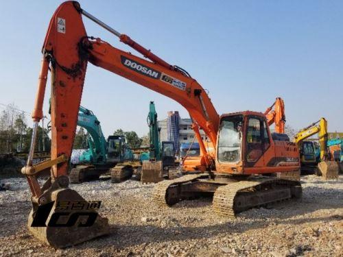 武汉市出售转让二手2010年斗山DH225LC-9挖掘机
