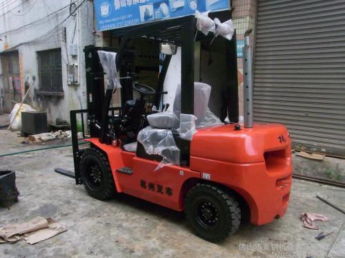 出售转让二手杭叉CPC(D)30-AG2叉装车
