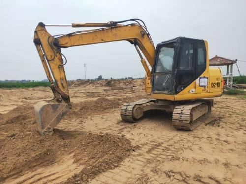 郑州市出售转让二手2010年厦工XG808挖掘机