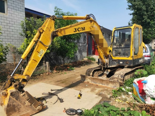 郑州市出售转让二手2012年山重建机906D挖掘机
