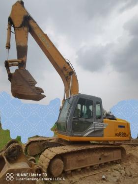 郑州市出售转让二手2011年加藤HD820R挖掘机