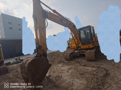 郑州市出售转让二手4659小时2014年雷沃FR170挖掘机