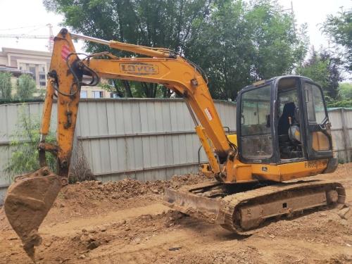 郑州市出售转让二手2014年雷沃FR65-7挖掘机