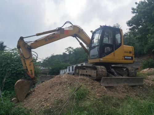 郑州市出售转让二手7573小时2013年厦工XG808挖掘机