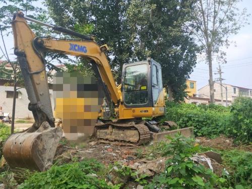 郑州市出售转让二手2153小时2018年徐工XE60D挖掘机