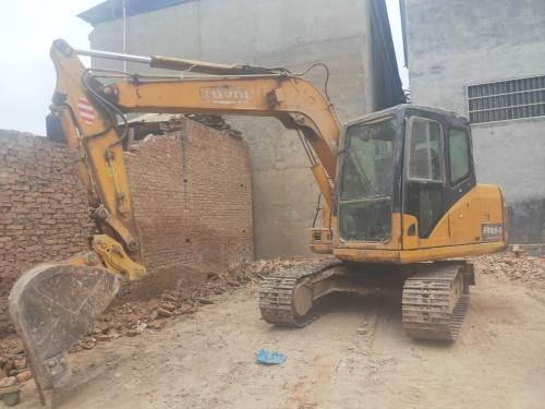 郑州市出售转让二手2009年雷沃FR75-7挖掘机