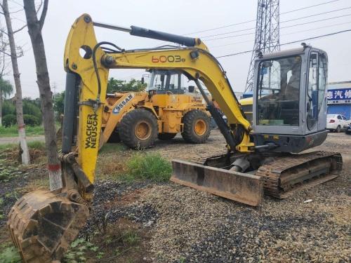 洛阳市出售转让二手3817小时2014年威克诺森6003挖掘机