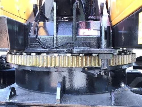 【回转支承】1.4m大直径回转支承,运行平稳。
