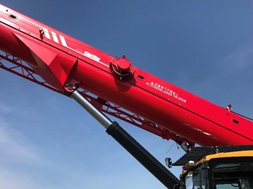 【性能强悍】超强U型大截面42.5m臂架,最大起重力矩1175KN.m,吊载能力更强。